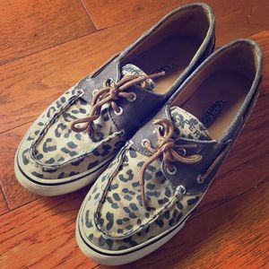 Sperry leopard print top sider